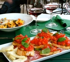 FLORENCE, ITALY / BRUCHETA, PASTA, WINE AT ENOTECA PITTI GOLA E CANTINA