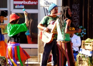 VALPARAISO, CHILE / STREET MUSICIANS