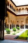 ALCÁZAR OF SEVILLE / COURTYARD
