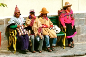 MACHU PICCHU / THE LOCALS