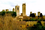 SAN GIMIGNANO, ITALY / TOWERS ABOVE TUSCANY